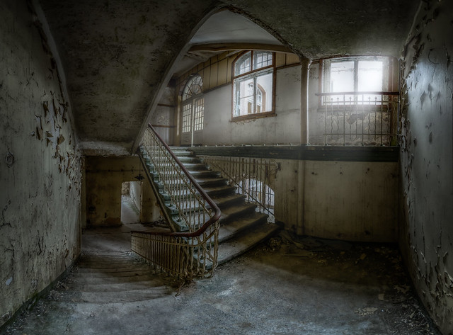 abandoned main staircase