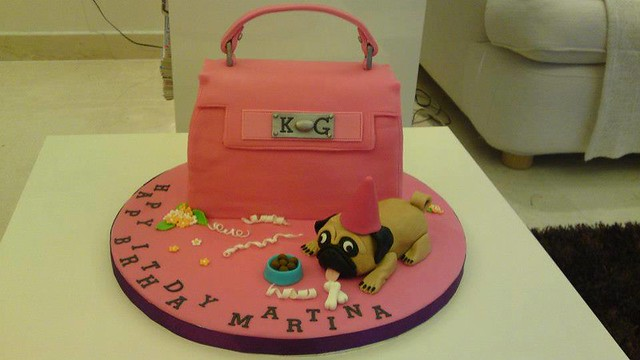 Handbag Cake by Ivi's Cupcakes
