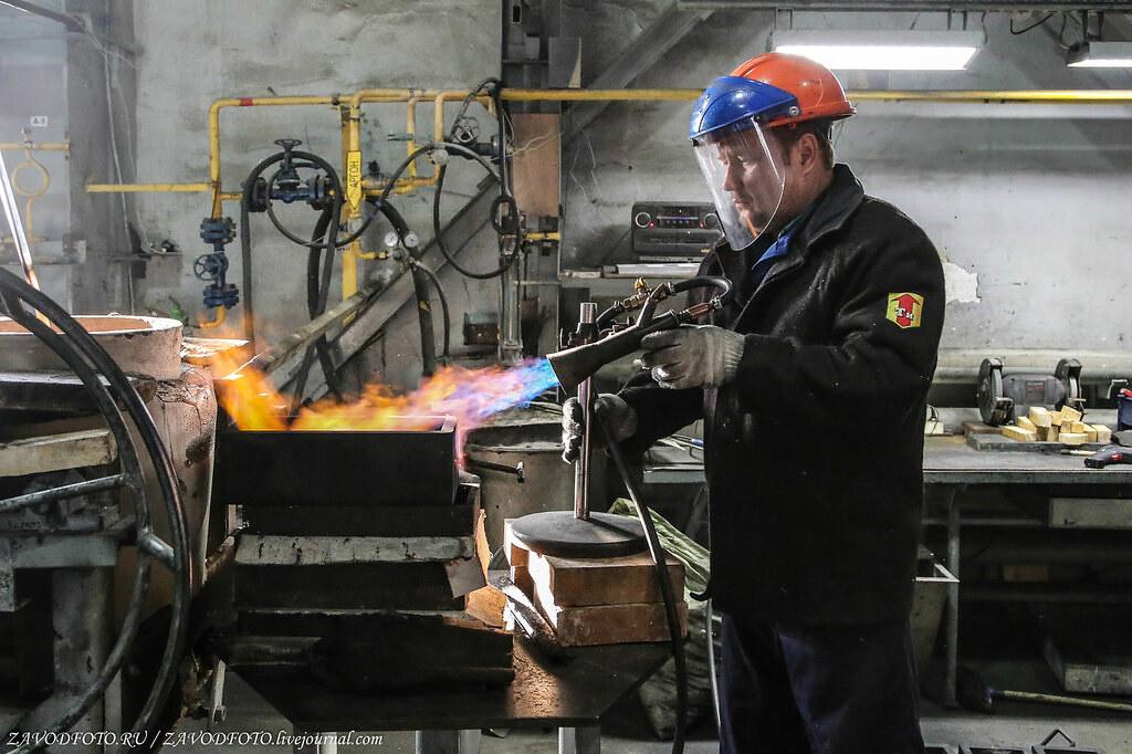 Великие заводы России: Екатеринбургский завод по обработке цветных металлов