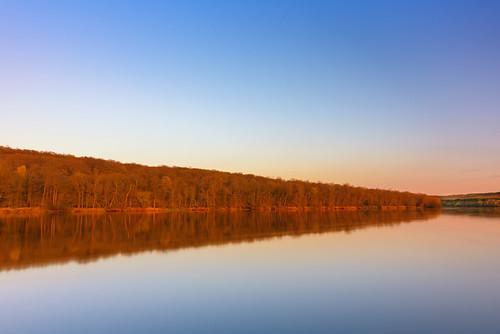 minnesota polarproquartzlinend64pl saintcroixriver stcroixriver wildriverstatepark wisconsin goldenhour river statepark sunset trees