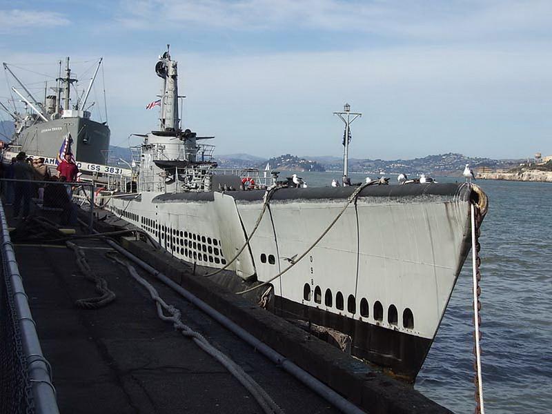 USS Pampanito SS-383 00001