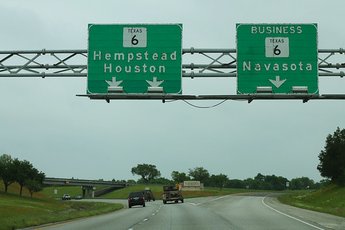 TX6 South - TX6 Business Navasota Overheads | by formulanone