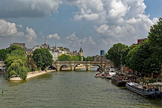 Paris / Ile de la Cité et Pont Neuf