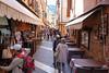 Einkaufsbummel in den engen Gassen von Garda