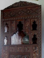 Meuble de présentation, maison ottomane (XVIIIe) Biščević-Lakšić,  Solacovića ulića, Mostar, Herzégovine-Neretva, Bosnie-Herzégovine.