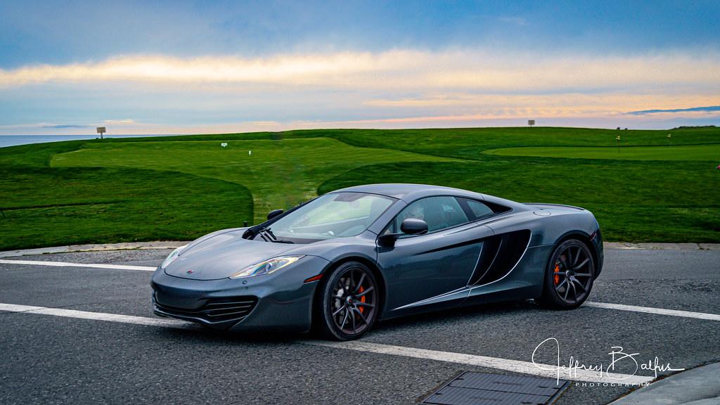 McLaren 512