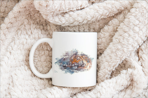 Image of a coffee mug with a tiger face on it