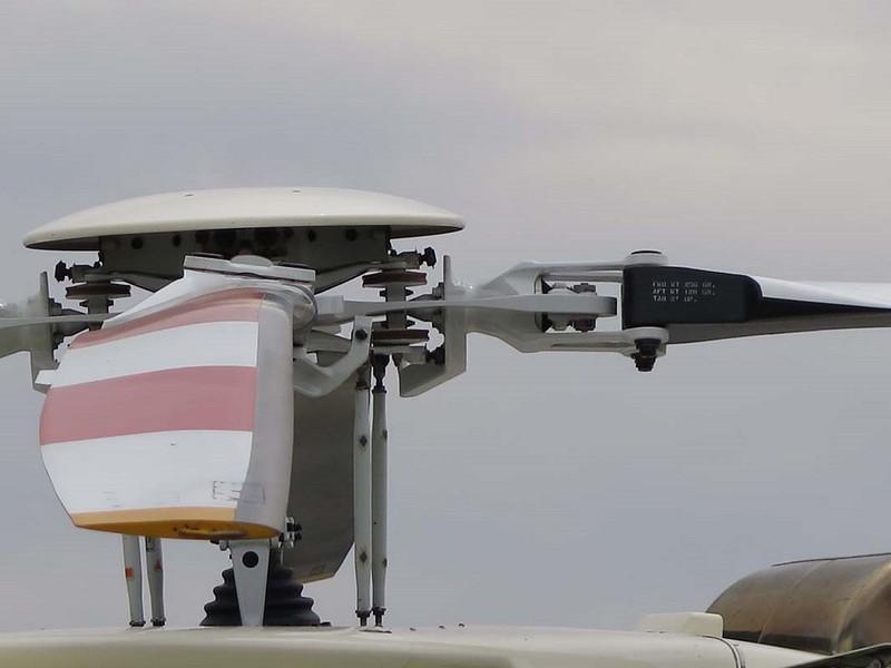 Bell 407 00008
