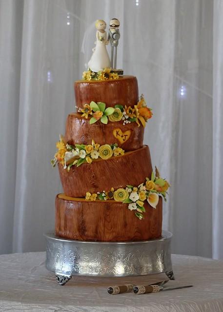 Wedding Cake by NichiCakes