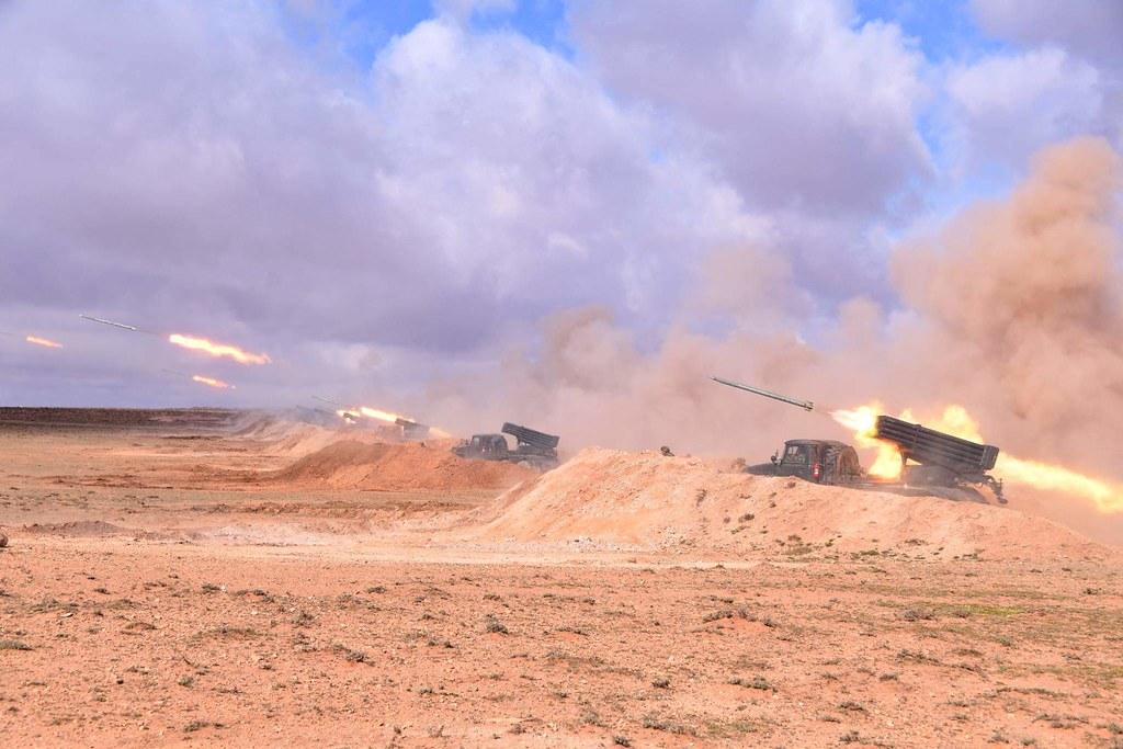 القوات البرية الجزائرية  - صفحة 50 40902569963_e1121b3007_b