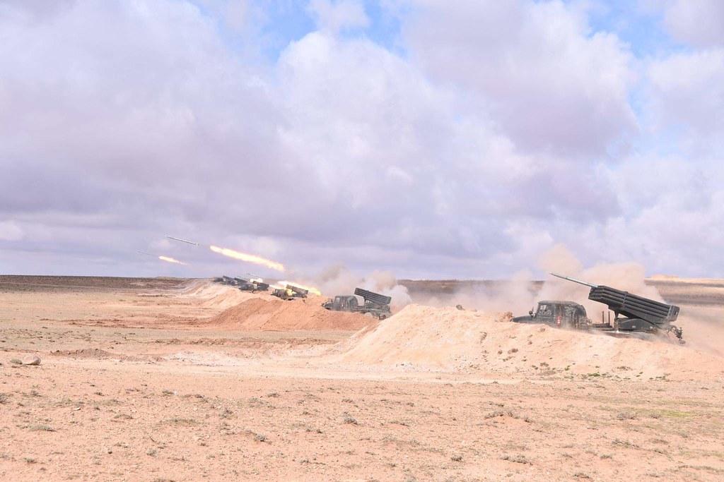 القوات البرية الجزائرية  - صفحة 50 40902574003_2454c3b261_b