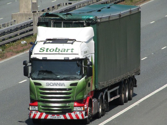 Stobart Energy, Scania R450 (Wednesday Louise) On The A1M Southbound