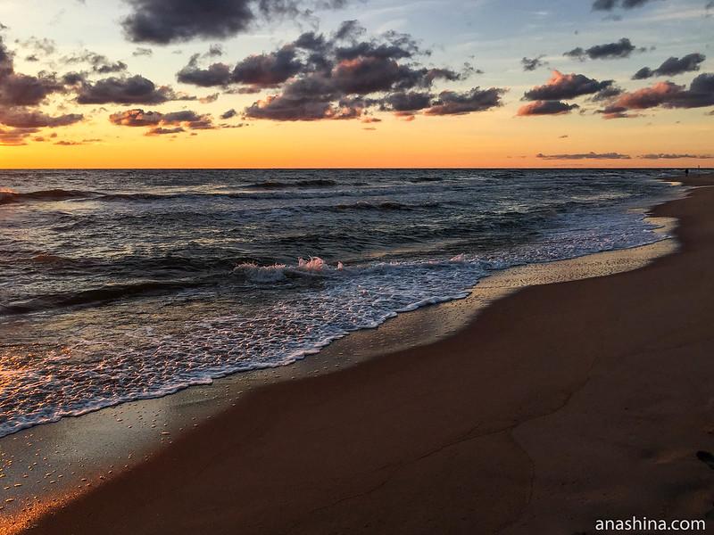 Балтийское море, поселок Янтарный, Калининградская область