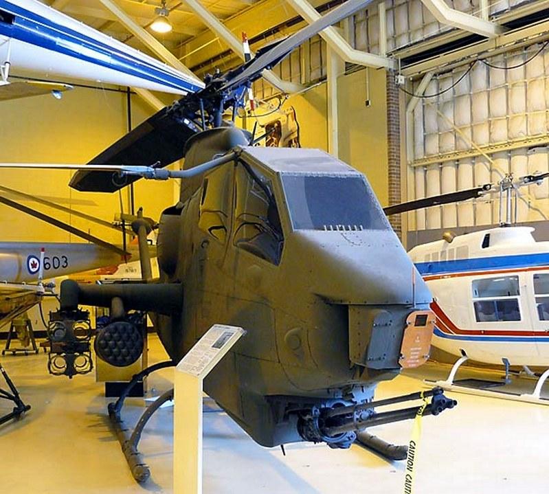 Bell AH-1F Cobra Gunship 00001