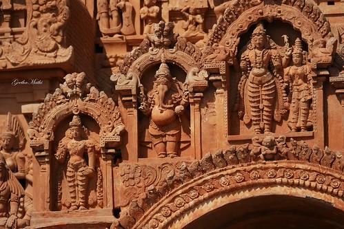 Brihadeeswarar Temple Tower sculptures