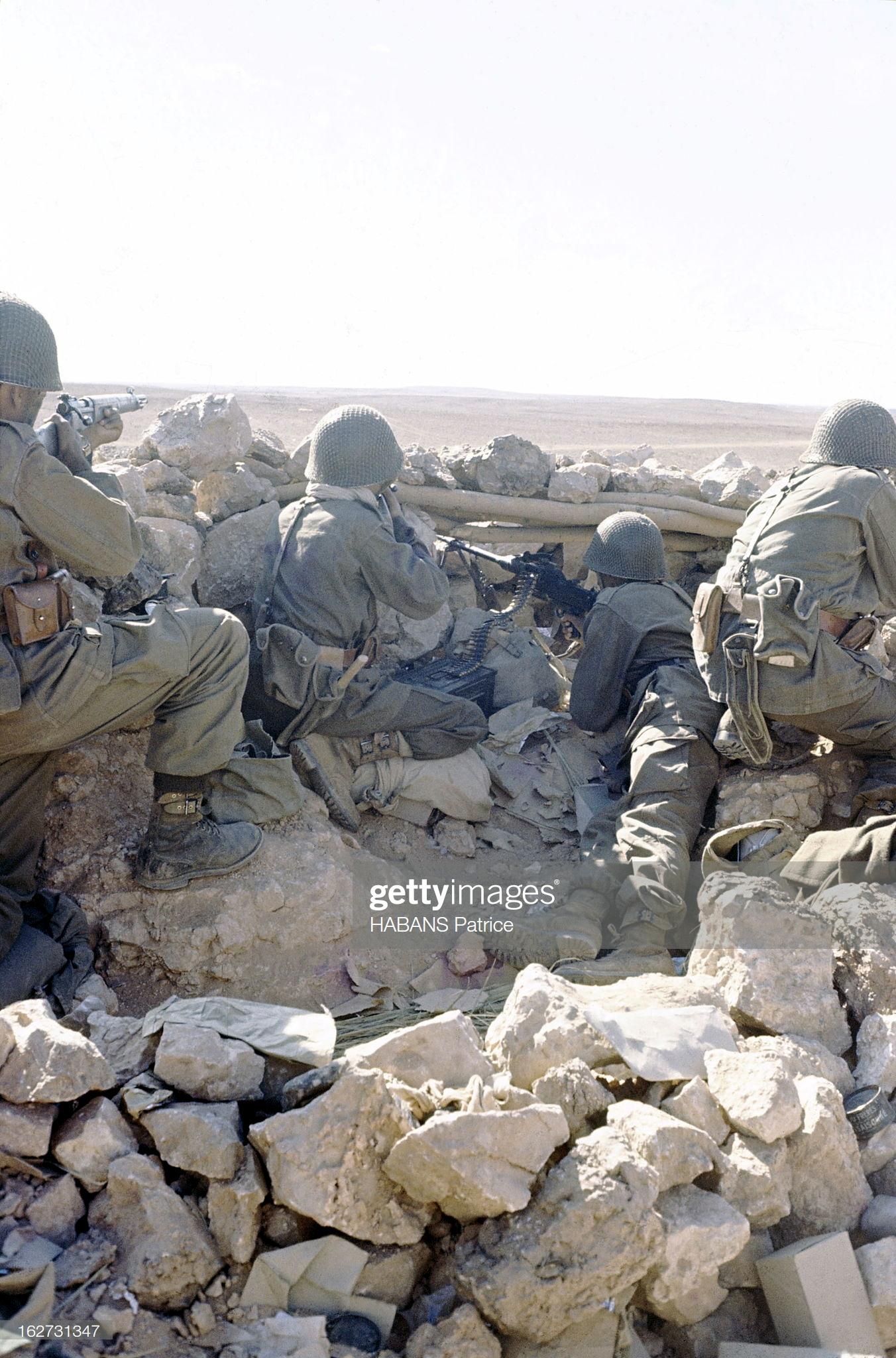 Photos - Guerre des Sables - 1963 - Page 8 40914724243_b2d1202b26_o
