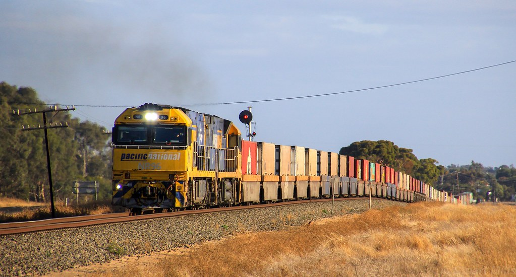 NR96 and NR13 apply the power to PM5 as it clears a speed restriction on the up side of Horsham by bukk05