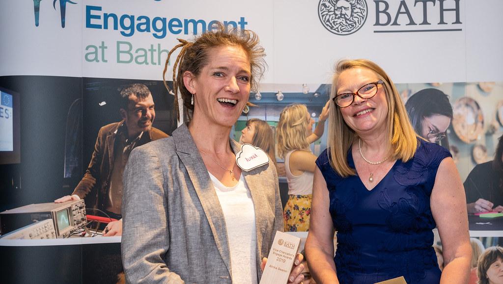 Alinka Gearon recieving her Vice-Chancellor's Engage award