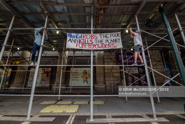 NYC-DSA picket at Con Edison's annual shareholders meeting