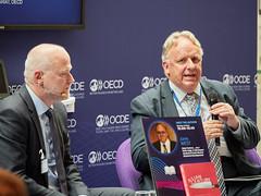 2019 OECD Forum:Asian Century … on a Knife-Edge. A 360 Degree Analysis of Asia's Recent Economic Development