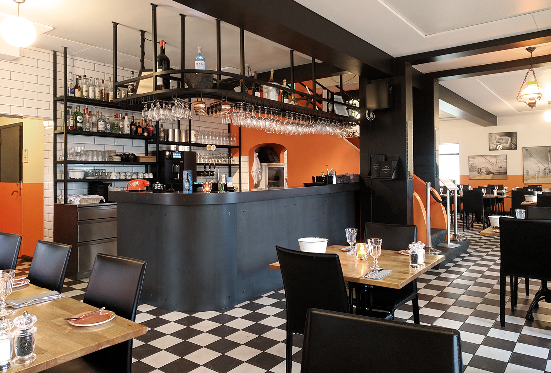 01iceland-hofn-humarhofnin-restaurant-food-travel