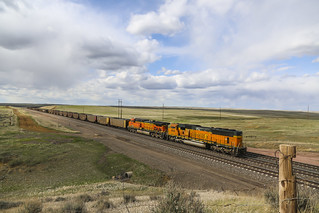 2019-05-10 1654 BNSF 8898 DPU on Hopper Train, East Walker, WY
