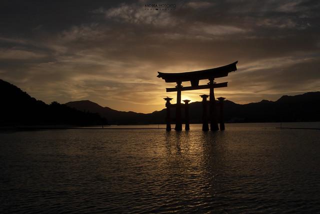 Itsukushima Floating Torii Sunset - Miyajima Island (Japan)