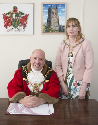 The Mayor for 2019/2020 is Councillor Rob Walsh who is accompanied by his Mayoress Ms Sharon Pope.