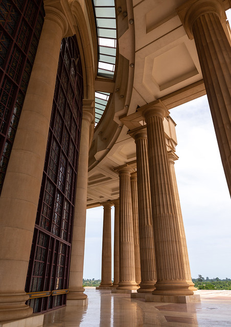 Colonnades in our lady of peace basilica christian cathedral built by Felix Houphouet-Boigny, Région des Lacs, Yamoussoukro, Ivory Coast
