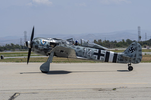Fw-190 Taxiing