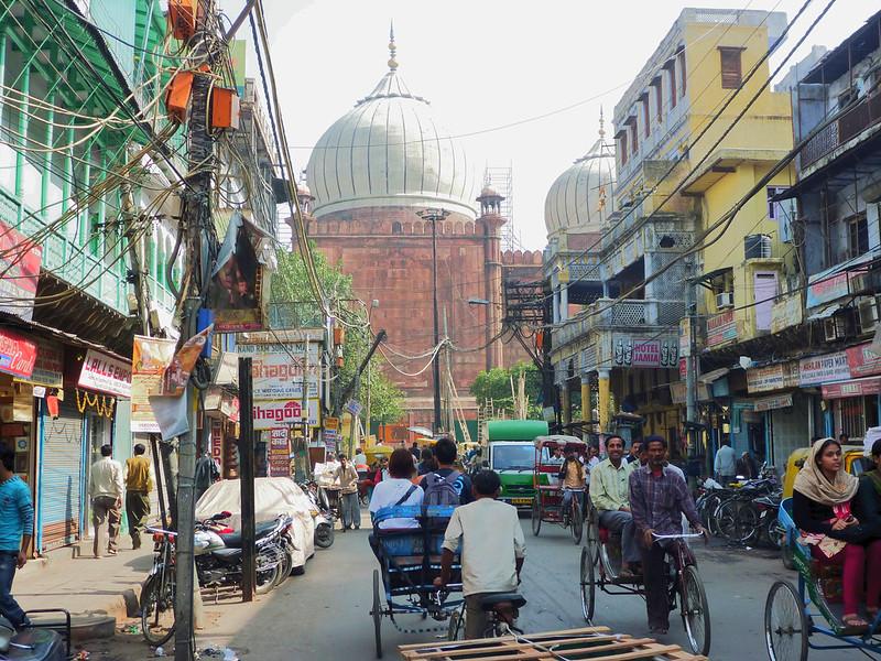 Street level scene in Delhi