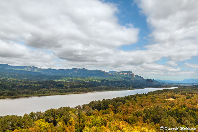 Early Autumn at Columbia River