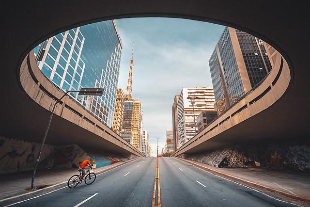 Túnel sob a Avenida Paulista - São Paulo