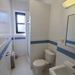 620 Suite Bathroom