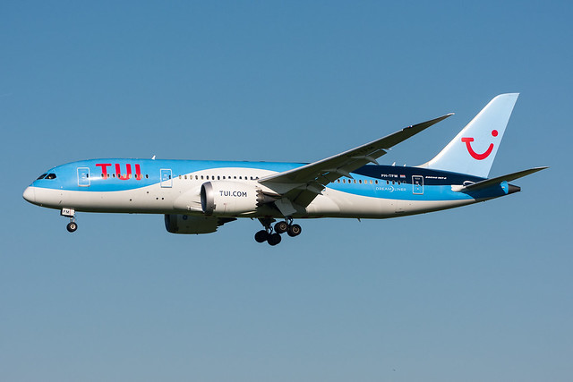 PH-TFM - TUI Airlines Netherlands - Boeing 787-8 Dreamliner