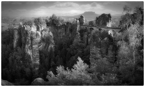 basteibrücke sächsischen schweiz sächsischenschweiz landscape monochrome black white pencil drawing gimp gmic effect parchmankid sony a6000 samyang 12mm panorama hdr layer layers detailed details trees forest cliff cliffs stones rocks blackandwhite jerryburchfield burchfield bastei saxony saxon proudliberal liberal freedom democracy fineart art liberalblinks