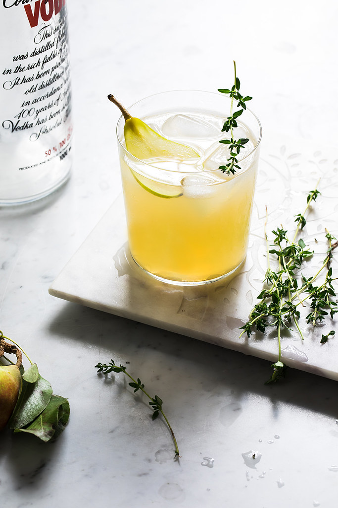 Virginia Repetto - Pear and thyme cocktail