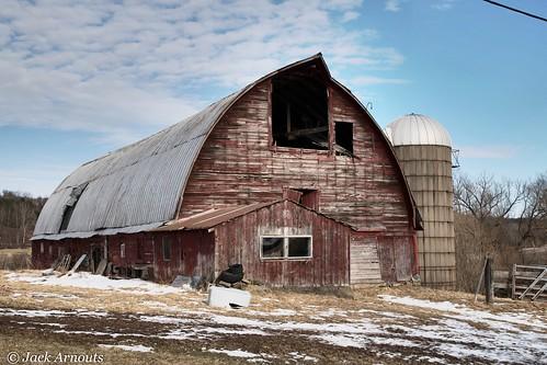 trees usa pa landscape vacations travel old scenic pennsylvania sky farm cold wayne barn snow