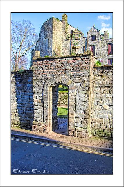 Entry Gateway, Hay Castle, Castle Street, Hay-on-Wye, Powys, Wales UK