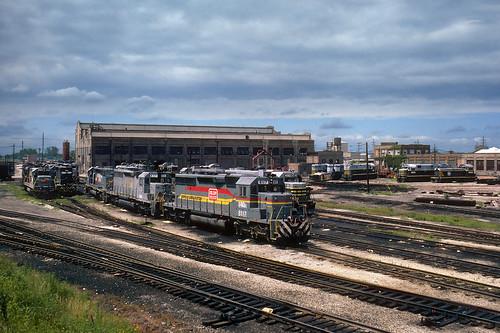 beltrailwayofchicago brc familyline ln seaboardsystem locomotivefacility clearingyard bedfordpark chicago illinois enginefacility train railroad locomotive il