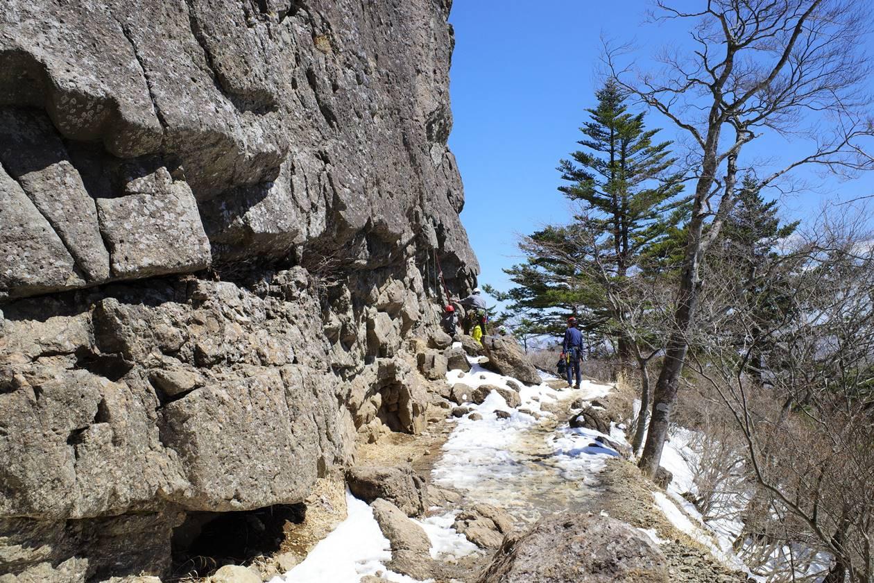 三ッ峠山登山道