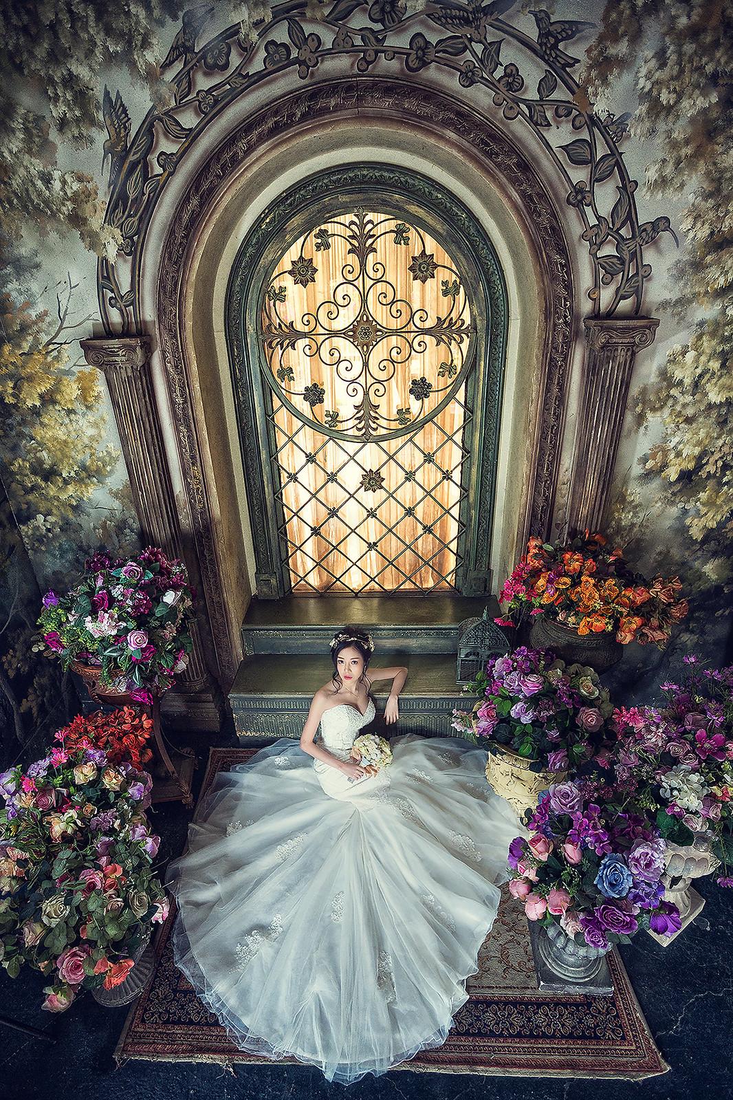 181024-0035-婚紗攝影-閨蜜婚紗-格林奇幻森林-攝影基地-白紗-韓風-油畫-花牆