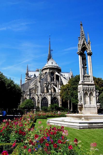 Notre Dame de Paris 2011