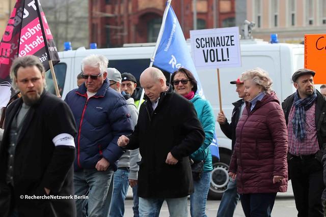 """14.04.2019 Cottbus: rassistischer Aufmarsch von """"Zukunft Heimat"""""""