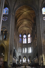 Notre Dame interior 2016