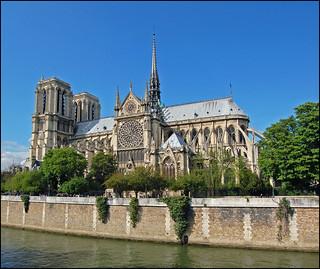 Gothic-NotreDame-Paris 2009