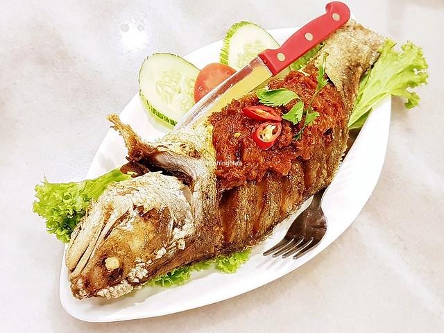 Ikan Cili Garam / Fried Fish With Chili Paste