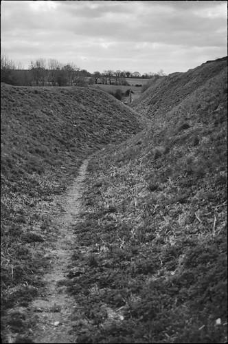 nikon d700 tamron2448f35sp norfolk castleacre earthworks cottage pathway
