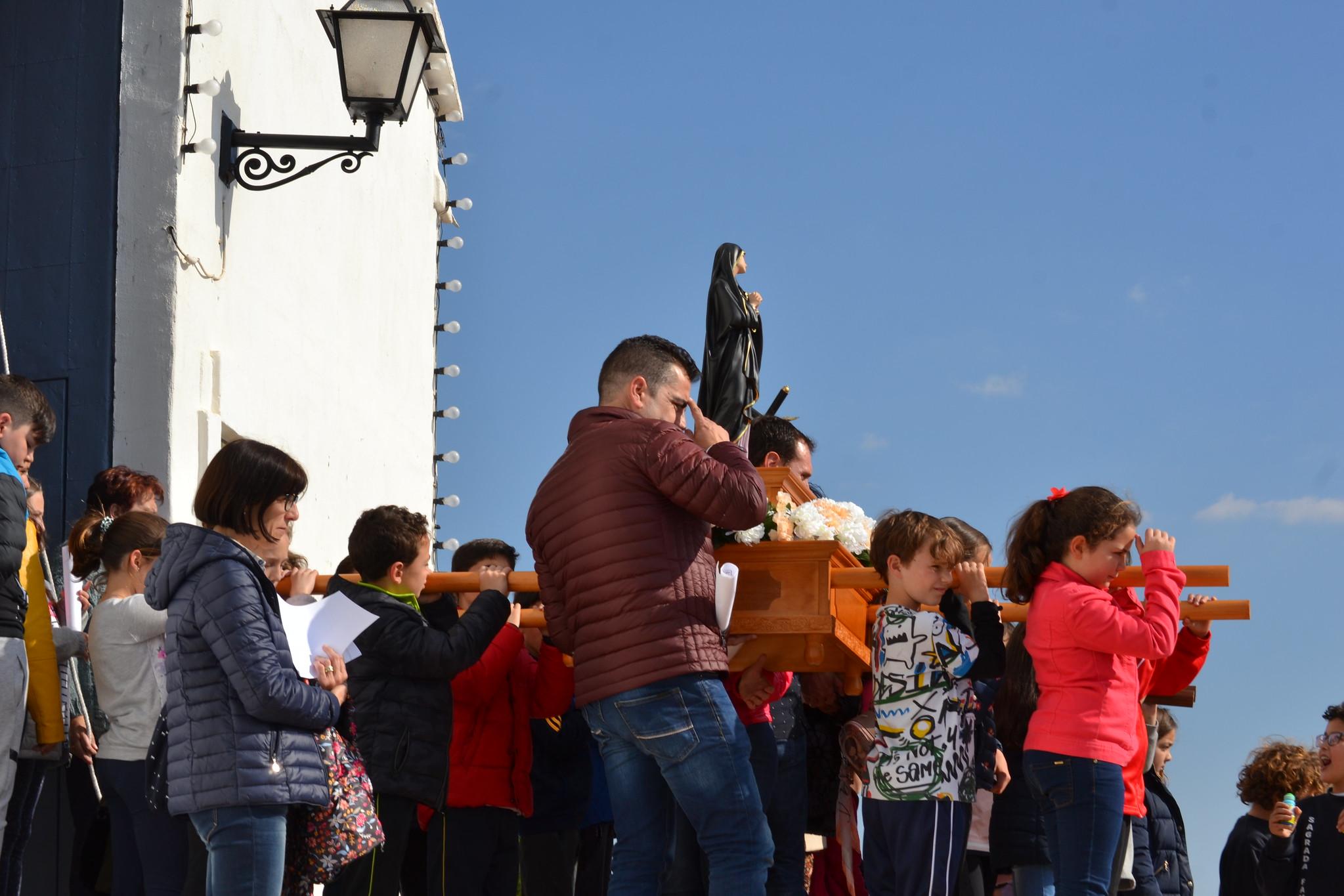 (2019-04-12) - III Vía Crucis jóvenes - Diario el Carrer (12)