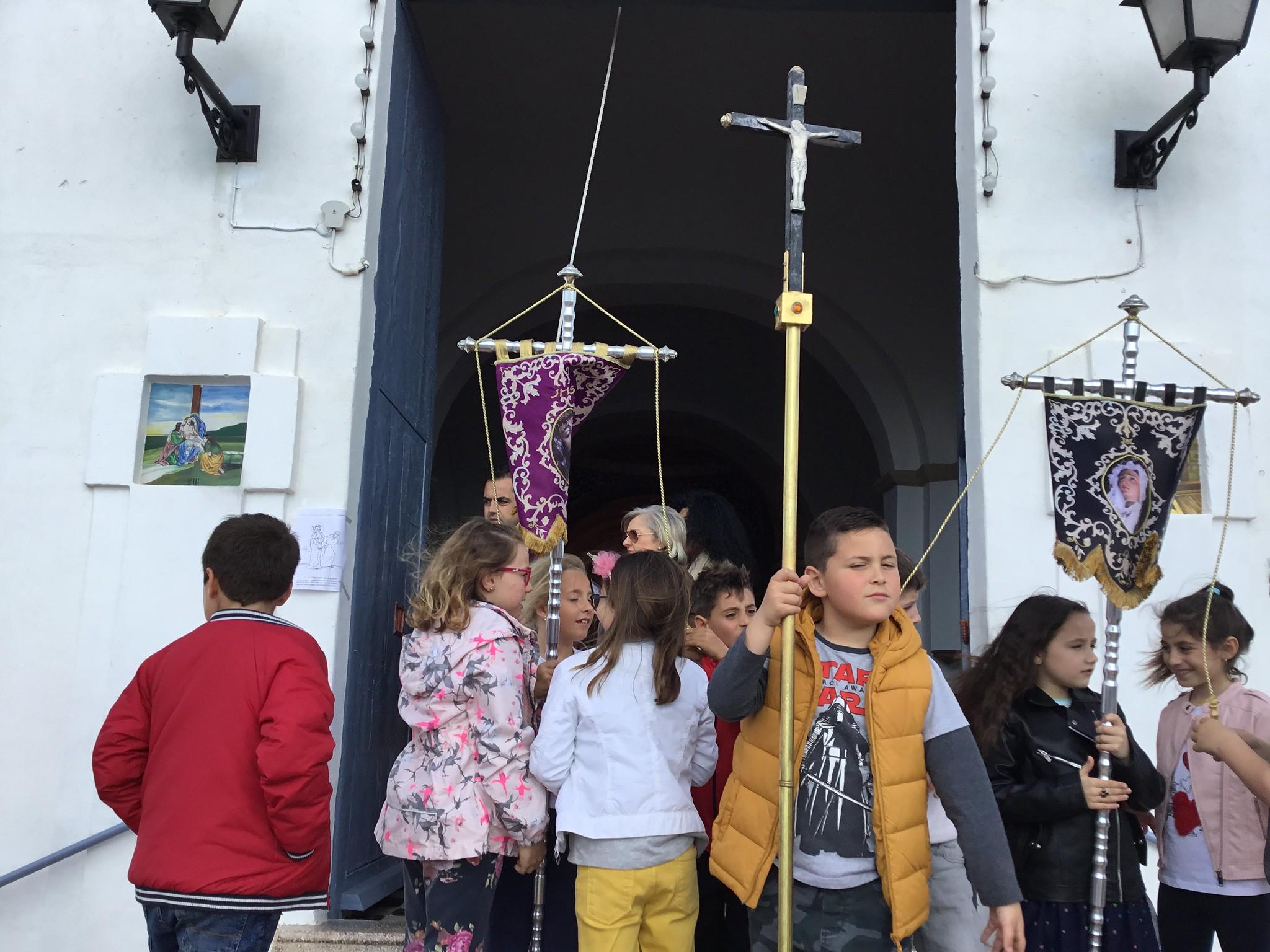 (2019-04-12) - III Vía Crucis jóvenes - Diario el Carrer (18)
